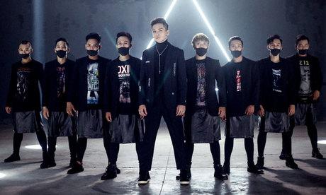 Bạch Công Khanh khoe vũ đạo trong MV nhạc dance