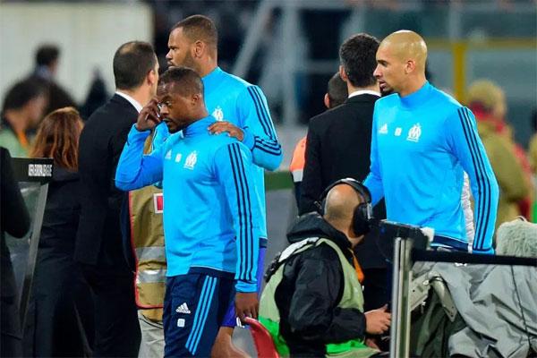 Evra bị CLB Marseille chấm dứt hợp đồng, đồng thời không được thi đấu cho đến tháng 6 năm 2018.