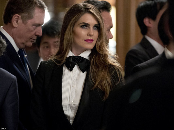 Although the first lady looked glamorous, she was upstaged in the style stakes by Hope, who wore a much more unique tuxedo for the affair
