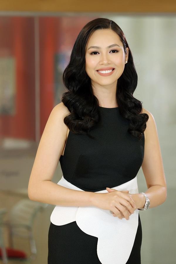 hoang-my-lam-kho-top-45-hoa-hau-hoan-vu-viet-nam-2017-bang-tieng-anh