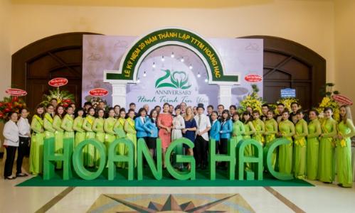 Trung tâm thẩm mỹ Hoàng Hạc kỷ niệm 20 năm thành lập
