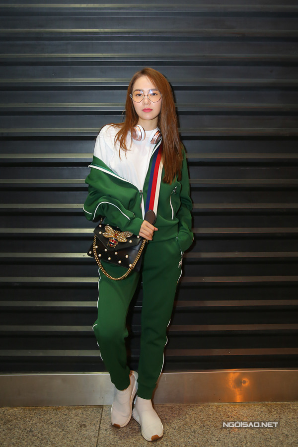 minh-hang-dien-do-the-thao-ra-san-bay-sang-dubai-du-fashion-week-3