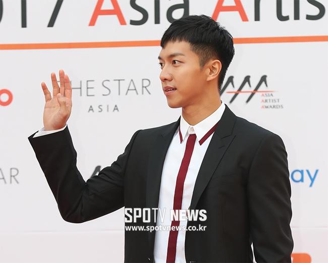 Diễn viên Lee Seung Gi.