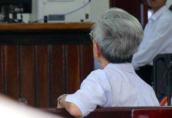 Ảnh: Ông Nguyễn Khắc Thủy tại tòa. Ảnh: Nguyễn Khoa