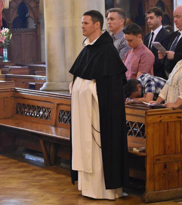 Philip Mulryne được phong là tư tế năm 2016 trước khi trở thành linh mục tháng 7 vừa qua.