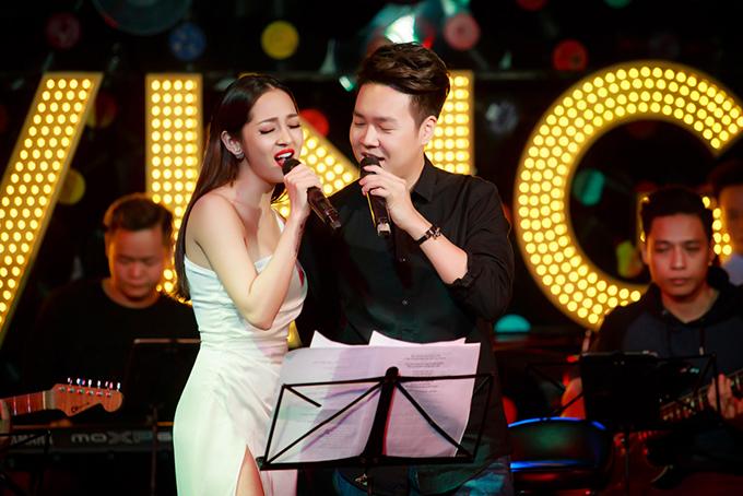 bao-anh-duoc-le-hieu-khen-ngoi-kha-nang-hat-live-2