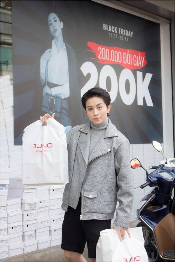 Nhiều sao Việt mua sắm tại Juno nhân dịp Black Friday