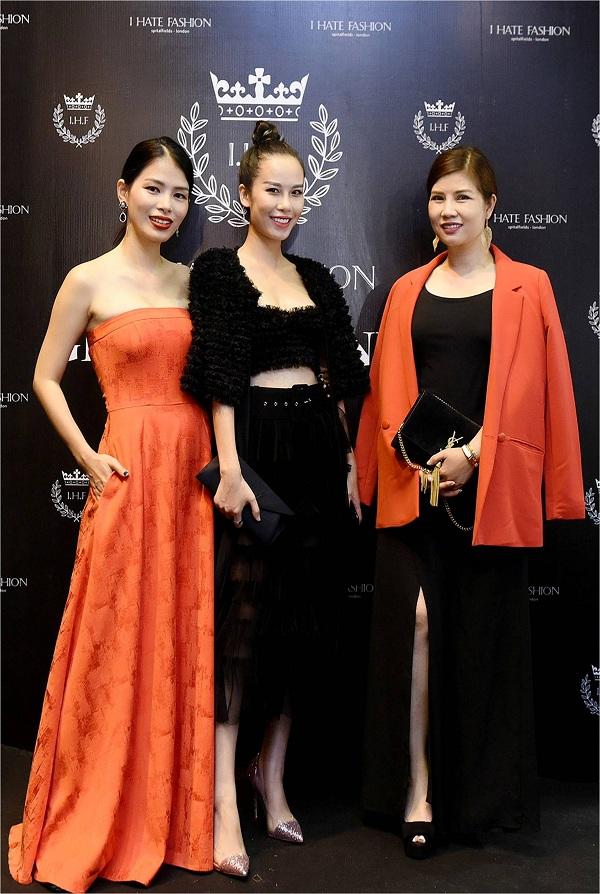 Bà Tuyết Anh chụp cùng cùng Doanh nhân Thủy Nguyễn  và Sandy Doan .