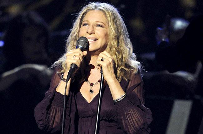 10 nữ ca sĩ kiếm tiền nhiều nhất năm 2017