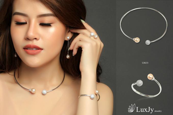 mua-ngoc-trai-tang-vang-9999-tai-luxjy-jewelry-1