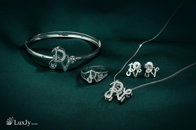 mua-ngoc-trai-tang-vang-9999-tai-luxjy-jewelry-8