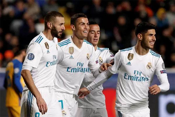 C. Ronaldo liên tiếp lập công ở Champions League trong khi tịt ngòi ở La Liga.