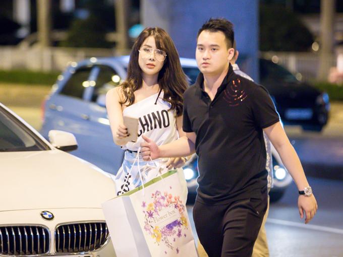 Chính thức lấn sân vào lĩnh vực kinh doanh, Diệp Lâm Anh đã đầu tư một số tiền không nhỏ để đưa siêu sao So Ji Sub đến Việt Nam.