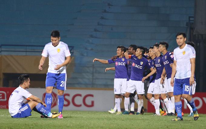 vpf-chun-bi-ba-chiec-cup-cho-kich-ban-vo-dich-kho-luong-cua-v-league-2017