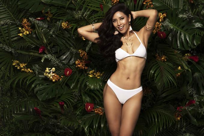 nguyen-thi-loan-khoe-co-bung-san-chac-trong-trang-phuc-bikini-8