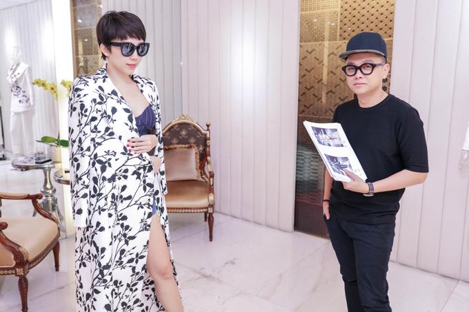 những trang phục mới nhất trong bộ sưu tập Thứ 6 Của Chị vừa được anh trình làng tại Vietnam International Fashion Week Fall Winter 2017.