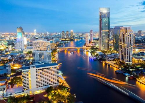 Nhiều tour du lịch khám phá xứ sở kim chi hay đất nước mặt trời mọc dành cho độc giả truy cập vào Shop VnExpress có mức giá ưu đãi tới 30%. Tour Thái Lan của Lữ Hành Việt kéo dài 5 ngày 4 đêm tại khách sạn 5 sao ưu đãi còn 4.690.000 đồng.