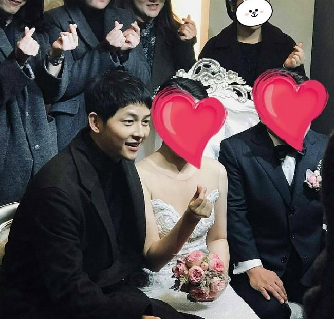 song-joong-ki-len-can-ro-ret-sau-tuan-trang-mat-1
