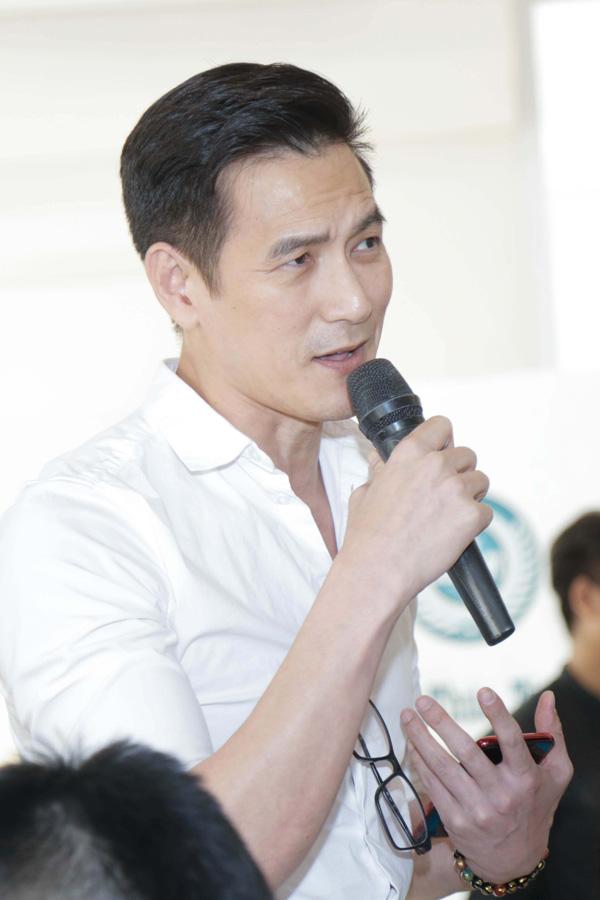ban-trai-ky-duyen-chat-van-lieu-ha-trinh-ve-tinh-yeu-1