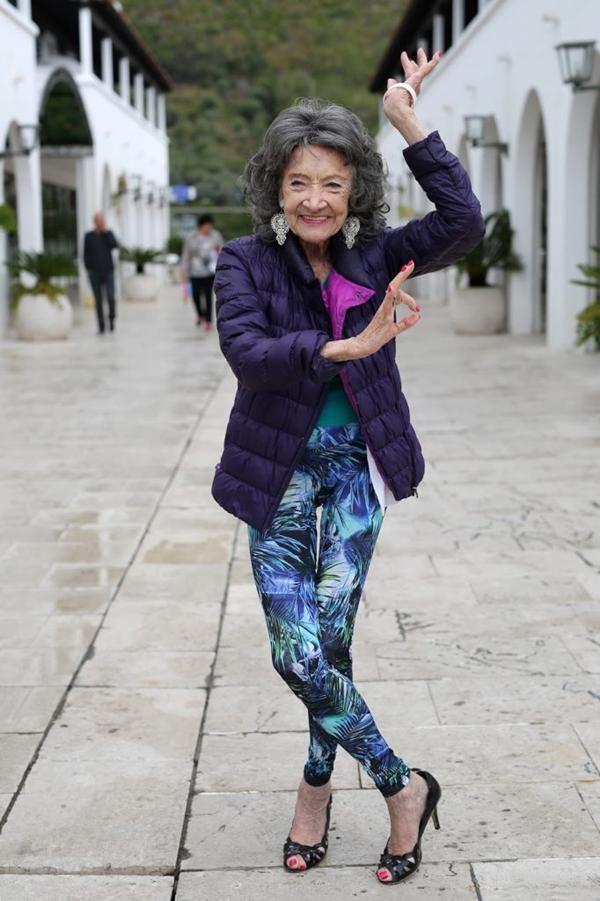Nhờ những bí quyết này mà bà Tao Porchon-Lynch luôn cảm thấy khỏe khoắn, tràn đầy năng lượng dù đã sắp bước tới tuổi