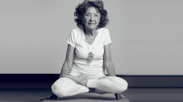 Năm 2012, bà Tao Porchon-Lynch được Tổ chức Kỷ lục Guinness Thế giới ghi nhận là