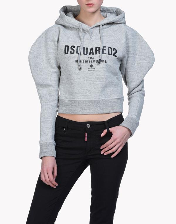 ho-ngoc-ha-lang-xe-thoi-trang-streetwear-trong-mv-moi-7