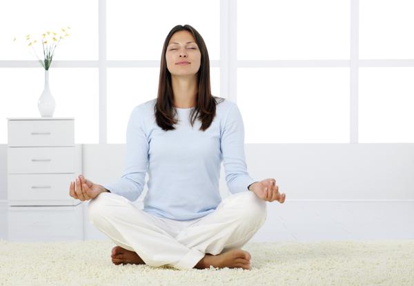 Hít thở sâu là phương pháp làm giảm mỡ thừa vụng bụng hiệu quả mà không tốn kém.
