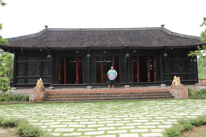 nghe-si-hoang-map-khoe-nha-vuon-rong-1600-m2-o-dong-nai-1