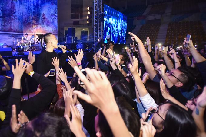 5000-khan-gia-xep-hang-tu-chieu-de-xem-tu-te-show-7-6