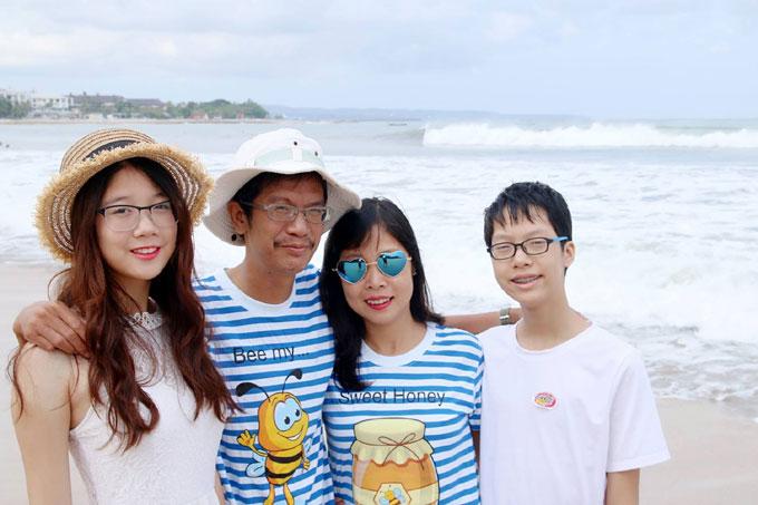 nu-giang-vien-dai-hoc-ha-noi-bay-bien-mam-com-thuong-ngay-nhu-ban-tiec-10