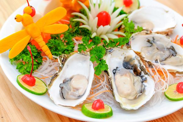 Hải sản là một trong những thực phẩm giàu sắt nhất, rất tốt cho sức khỏe.
