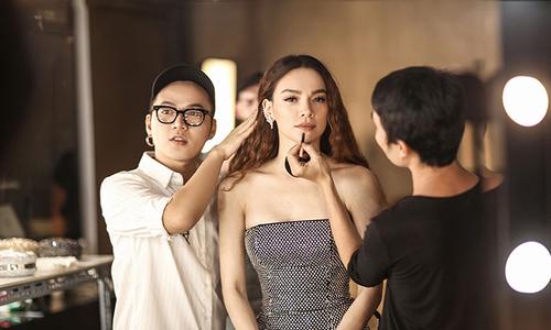 Hồ Ngọc Hà làm 'nàng thơ' cho show diễn của Chung Thanh Phong