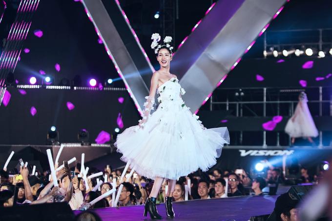 nhung-thiet-ke-thoi-trang-an-tuong-tai-vision-steps-of-glory-2017-6