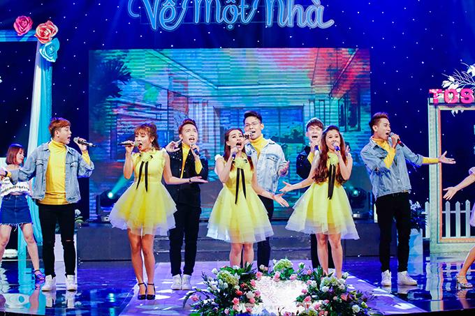 khanh-thi-mac-vay-ngan-dien-cung-phan-hien-11
