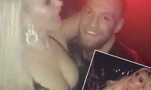 Gái bar tiết lộ đêm trác táng với McGregor