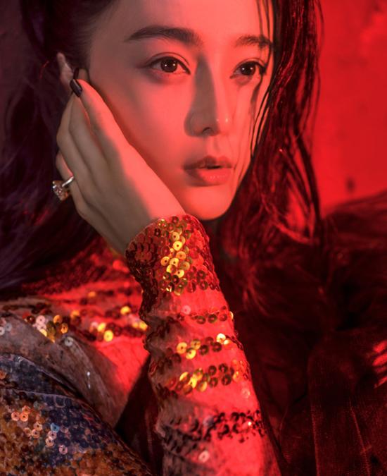 pham-bang-bang-khoi-dong-nam-moi-voi-voc-dang-sexy-7