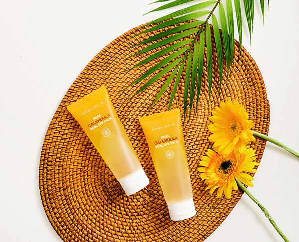 April Skin Real Calendula Peel Off Pack Mặt nạ của April Skin chiết xuất từ hoa cúc, dầu hoa cúc, hoa hồng... giúp làm sạch lỗ chân lông, thải độc tố trên da, làm sáng da hiệu quả.