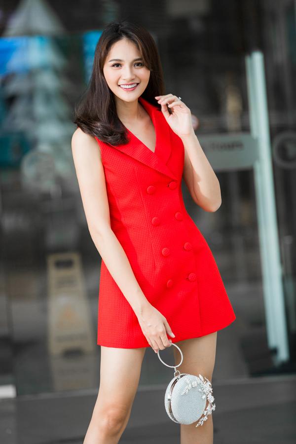 huong-giang-goi-y-mac-dep-hon-den-van-phong-7