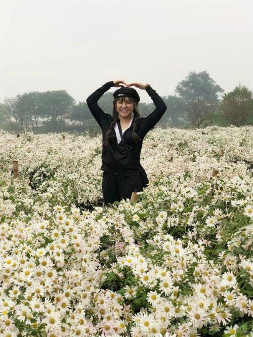bo-anh-mung-xuan-2018-cua-nu-tong-giam-doc-9x-4