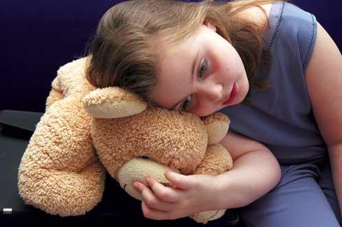 Trẻ con luôn cần cảm giác an toàn khi ở bên một người bạn.