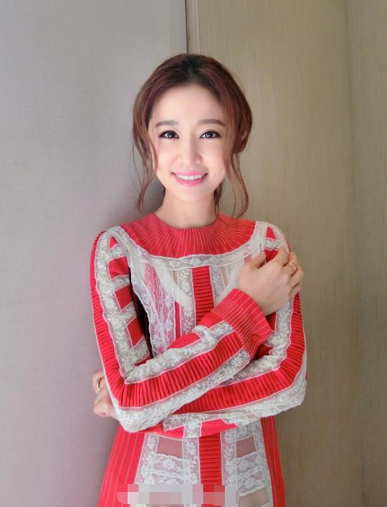 Lâm Tâm Như khoe nhan sắc gái một con xinh tươi tại sự kiện.