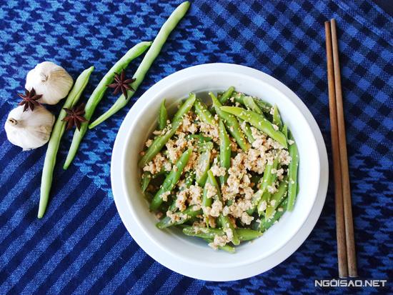Những món ăn có nguồn gốc từ thực vật luôn cung cấp nhiều vitamin cũng như các khoáng chất thiết yếu cho cơ thể. Không những thế món ăn còn cung cấp nhiều chất xơ rất tốt cho hệ tiêu hóa.