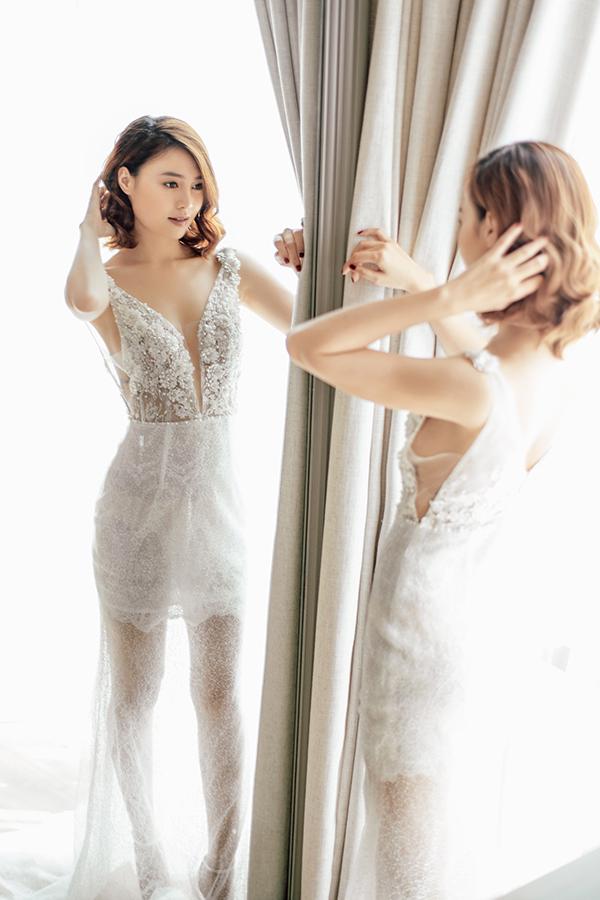 Lan Ngọc gợi ý chọn váy đi tiệc cho nàng mảnh mai