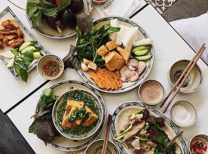 Bốn quán đồ ăn Bắc của sao Việt giữa Sài Gòn