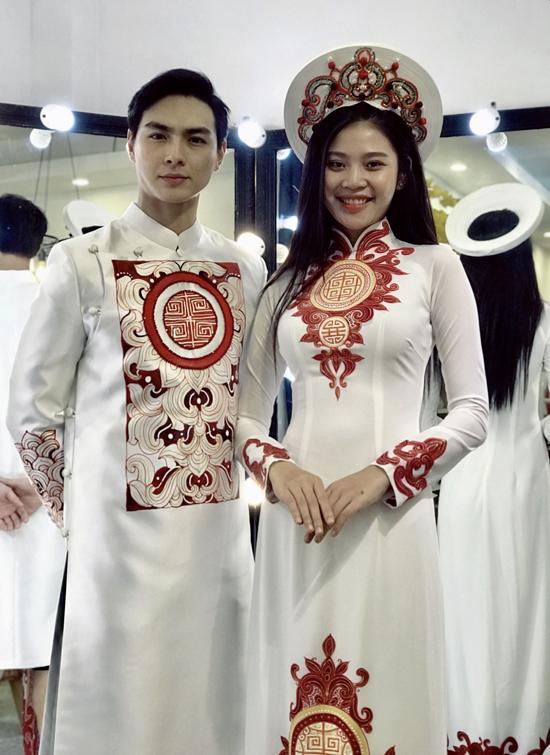 Chúng Huyền Thanh và ông xã điển trai âm thầm làm lễ đính hôn ở Hải Phòng