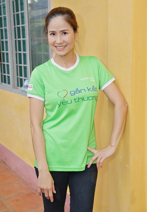 Diễn viên Đào Vân Anh luônnhiệt tình với hoạt động từ thiện.