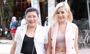 Milan Phạm đi sự kiện cùng mẹ