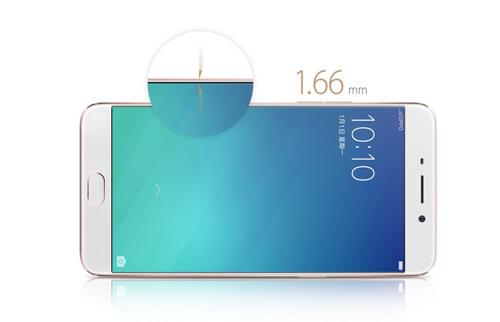 Màn hình Amoled độ phân giải Full-HD có kích thước lớn 5,5 inch cho góc nhìn đa màu sắc.