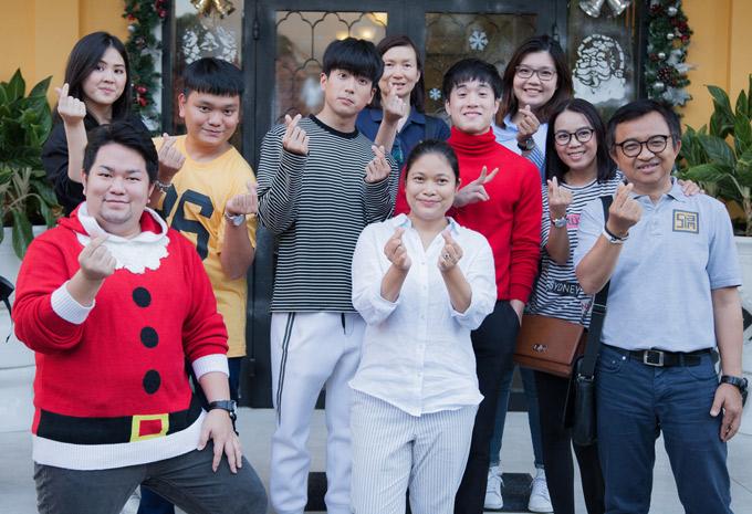 Những ngày ở TP HCM, Chanon và James có kế hoạch đi tham quan phố đi bộ Nguyễn Huệ, Nhà thờ Đức Bà, đường sách...