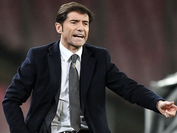 HLV Valencia gặp tai nạn sau trận thua 0-1 trước Villareal